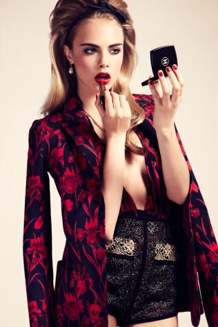 cara-cara-delevingne-red-lipstick-Favim.com-716809